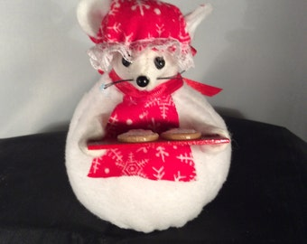 Snowlady Mouse. NEW LOWER PRICE
