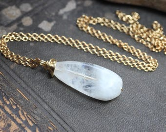 Moonstone Necklace Wire Wrapped Briolette Gold Chain Simple Pendant Necklace Moonstone Jewelry