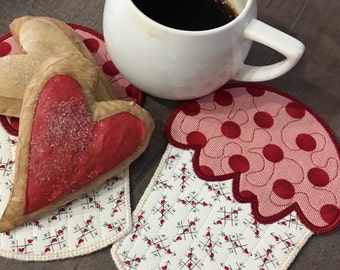 Quilted  CUPCAKE Mug Rugs