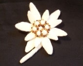 Needle Felted Edelweiss Flower Pin Brooch - White with Beads - Gift for Her - Felted Jewelry