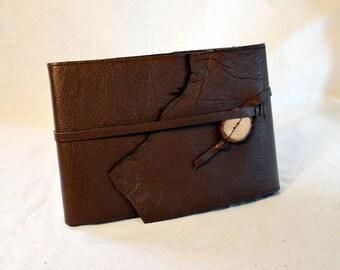 Refillable Sketchbook in Dark Brown Leather -Medium Horizontal