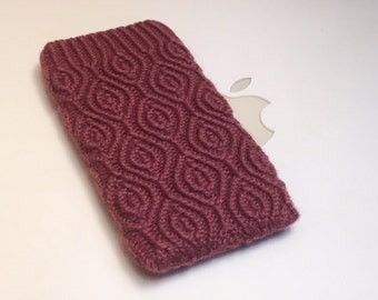 iPhone 5 iTouch 5 Case Cover Hand Knit in Wool - Original Rose Almondine Design