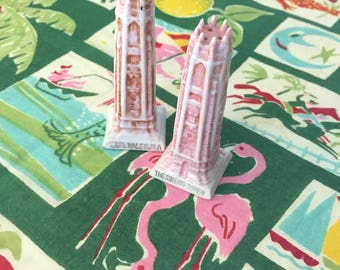 Vintage Florida Bok Tower Singing Tower salt and pepper shakers Lake Wales pink 1940s Floridiana souvenir kitsch