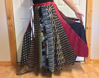 Christmas Long Necktie Plus Size Skirt/Silk/Holiday Party/Santa Claus Tie/Gift for Her/Upcycled Recycled Repurposed/Womens XL