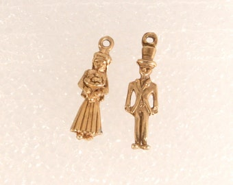 Vintage Gold Bride and Groom Charms 12k Gold Plated 1940s Wedding Charms Pendants Fob