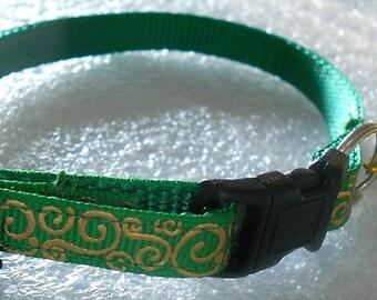 Cat Collar, Kitten, Breakaway Safety Collar - Kelly Green Grosgrain Ribbon with Embossed Gold Foil Swirls