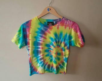MEDIUM WOMEN'S Rainbow Spiral Crop Top t-shirt. Pastel dyes, soft bamboo Jersey