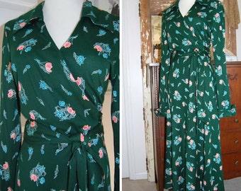 1970s - Diane Von Furstenberg - Wrap Dress - Made in Italy - Designer Fashion - Jersey Fabric Wrap Dress - Vintage Wrap Dress - In Style