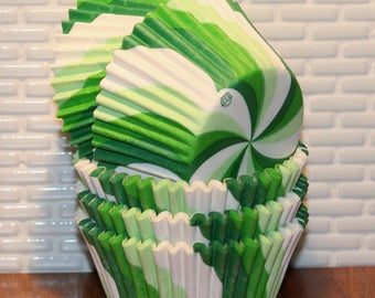 Green Apple Lollipop Swirl Cupcake Liners  (Qty 32)  Green Stripe Cupcake Liners, Green Stripe Baking Cups, Green Cupcake Liners,