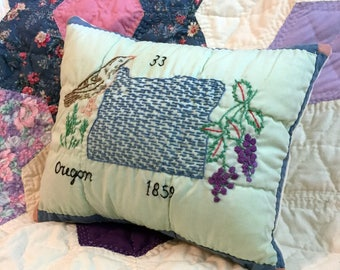Oregon State Pillow, Handmade from Repurposed Vintage Quilt Block, Rustic Farmhouse Cottage Decor, One of a Kind State Pillow