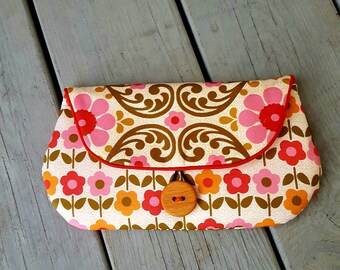 Sweet clutch in retro folklore patterned fabric