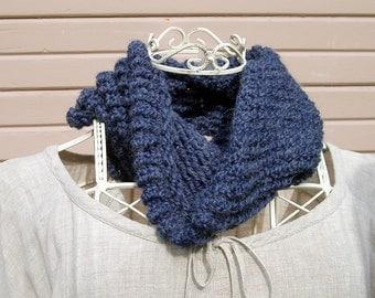 Cowl - acrylic/alpaca - knit