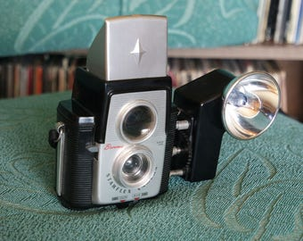 1950's Kodak Brownie Starflex with Kodak Supermite Flash and Bulb