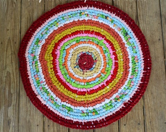 Step in The Tropics - Round Rag Rug - Amish Knot/Toothbrush Method - Upcycled - 30 inches - Now on Sale