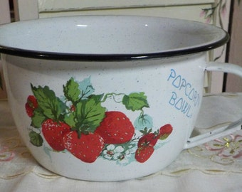 Movie TIme -Awesome Enamel Ware Popcorn Bowl - Strawberry Accents - Medium Size - Great Condition
