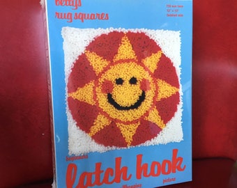 Vintage Sun Face Latch Hook Rug Kit - Betty's Rug Squares, New Old Stock