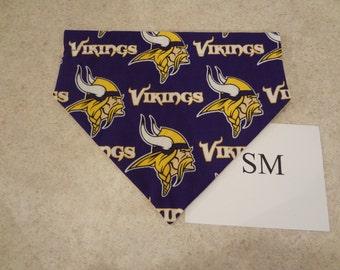 Minnestoa Vikings dog bandana-over the collar-S