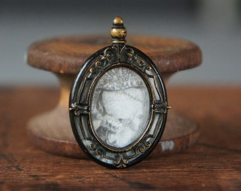 Antique French Black Enameled Picture Pendant with 18th Century Marie Antoinette Lady