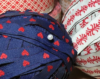 "Vintage Jacquard Trim Ribbon RED HEART 3 Yards Sewing Navy Blue Narrow 3/8"" Valentine's Day"