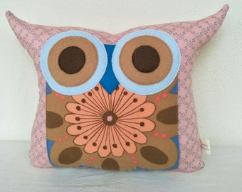 Gift/kids and baby pink Owl pillow/owl decor/Ready to ship(large size)