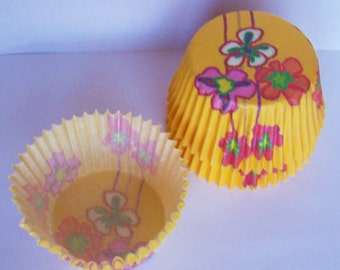40 Hedda Yellow Cupcake Liners by Vestli House