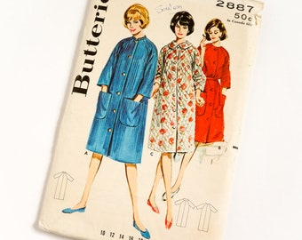 Vintage 1960s Womens Misses Size 12 Robe Housecoat Butterick Sewing Pattern 2887 Complete / b32 w25 / Raglan Sleeve, Collar Versions