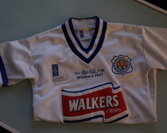 Football Madeness! Vintage White & Blue Leicester City Football Club 'Claridge' Jersey- Youth M