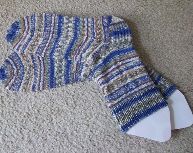 Socks - Handknitted Socks - Selfstriping in Mixed Colors of Brown, Blue, Beige, Green - Unisex