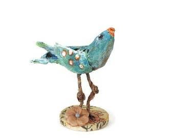 Bird handmade, Bird of paper mache, Bird lover gift, knickknack, small art collectible, gift for a bird lover, hand painted art,shelf decor
