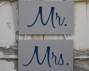 Mr. & Mrs. Wedding Chair Signs / Grey NavyWhite /  Photo Prop / Rustic Vintage Wedding Decoration / 5 Day Ship (ref mrmrs)