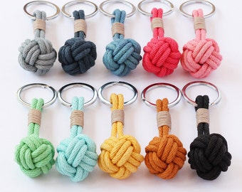 Nautical knot keyring