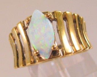 Designer UTC Gilson Opal Gold Vermeil on Sterling Silver Ring Size 8 Estate Jewelry