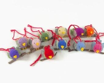 One cute Christmas Bird, tree ornament, bird ornament, tiny stuffed birds, toy songbird, Christmas decor,   waldorf toy, Christmas toy