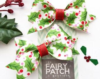 Christmas hair bows, Holiday hair bows, kids gift, holiday fashion, kids hair clips, toddler gift, small hair bows, baby hair bows