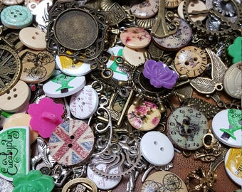 Mixed Lot of Vintage Findings - Vintage Ephemera - 100 Items per Lot - Buttons, Charms
