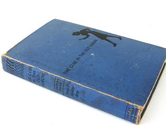 nancy drew mystery story  ...  vintage book circa 1947   ...   the clue in the old album
