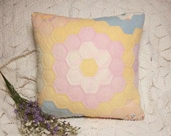 Pretty Grandmother's Flower Garden Vintage Quilt 16-Inch Accent Pillow