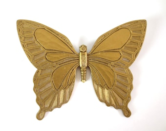 Vintage Syroco Butterfly Wall Hanging