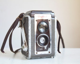 Working Vintage camera, Duaflex IV, TTV, Mid Century Modern, Shabby But Sweet, Brown and Chrome, Desk or Shelf Decor, Under 20