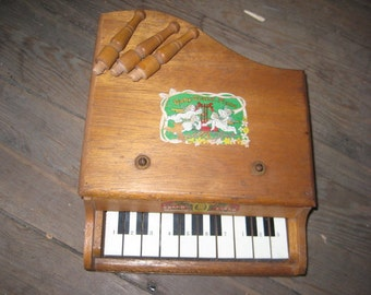Vintage Child's Toy Piano/Colorful Graphics Toy