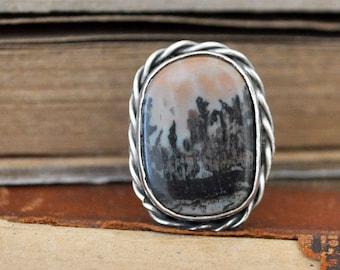 VINTAGE FIND, native American sterling silver 925 vintage handmade ring with landscape agate stone