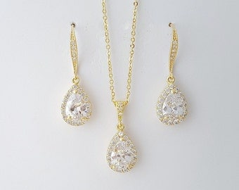 Gold Crystal Bridal Set, Wedding Earrings and Necklace Set, Gold Wedding Jewelry Set, Bridesmaid Gold Jewelry Set, Ellie