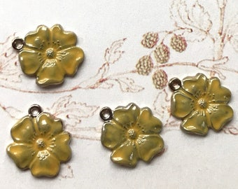 Vintage flower Charms,Enamel Flower charms,flower Drops,yellow flower charms,enameled flowers, Rose Charms, Drops Dangles #1557EE