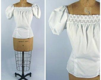1950s White Cotton Peasant Blouse - Puffed Sleeves Square collar // Lace Trim - Pat Petite Juniors