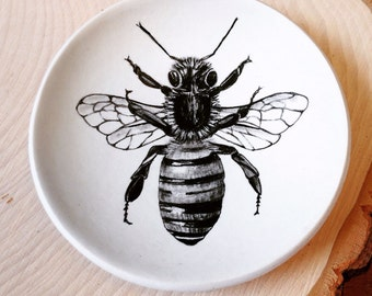 Ring Dish, Jewelry Dish, Polymer Clay Dish, Honeybee, Bee Art Plate, Entomology, Mom Gift Mom, Birthday Gift, Wedding Gift