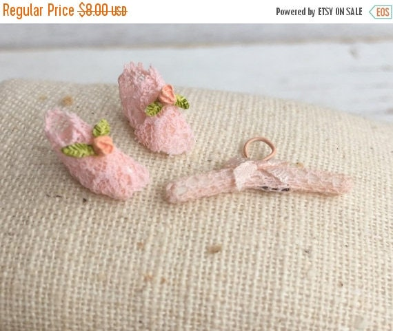 SALE Miniature Pink Lace Baby Booties and Hanger Set, Dollhouse Miniatures, 1:12 Scale, Dollhouse Nursery Decor, Miniature Dollhouse Accesso
