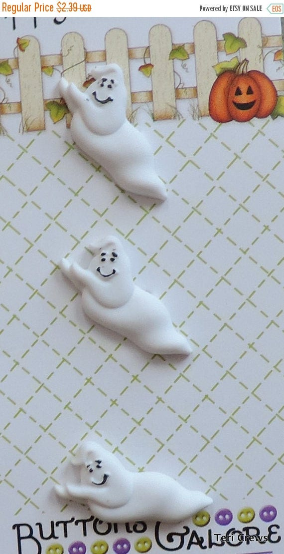 SALE Ghost Buttons, Happy Halloween Collection by Buttons Galore, Carded Set of 3 Buttons, Sewing, Crafting Embellishments