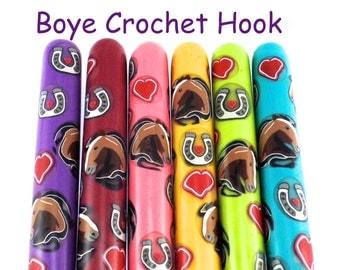 Crochet Hook, Polymer Clay Covered Boye Crochet Hook, Horse Design
