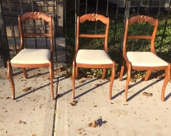 Beautiful Duncan Phyfe Side Chairs