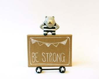 Circus animal - Grey bear weightlifter miniature figurine - Pocket box - Be strong - Made to order